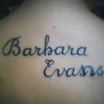 #TattooFail – Fã erra em homenagem a Barbara Evans