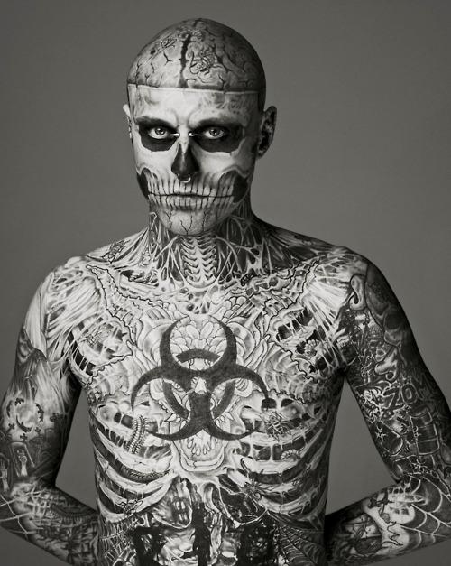 Caras tatuados (2)
