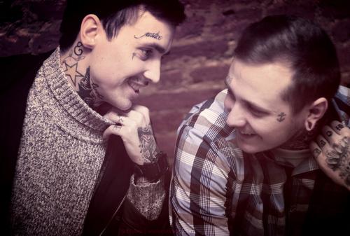 Homens tatuados (4)