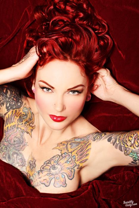 Lindas Garotas Tatuadas (8)