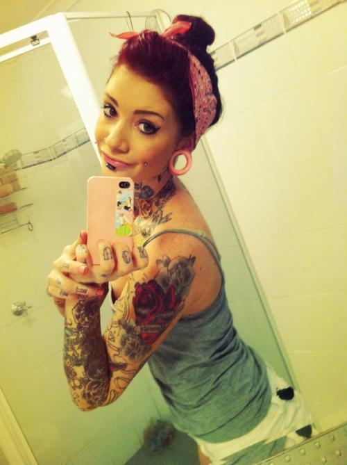 Lindas Garotas Tatuadas (12)