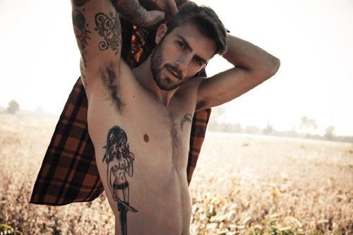 Homens tatuados (26)