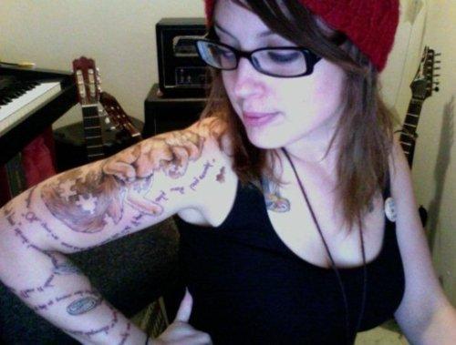 Lindas Garotas Tatuadas (23)