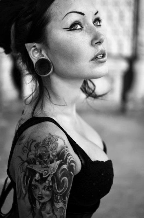 Lindas Garotas Tatuadas (15)