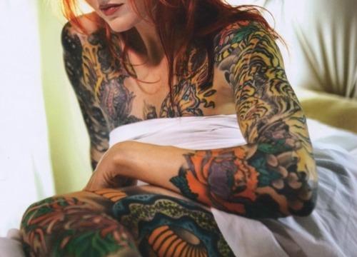 30 Lindas mulheres tatuadas (25)