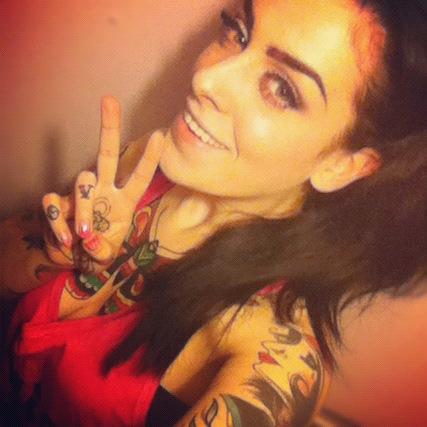 30 Lindas mulheres tatuadas (14)
