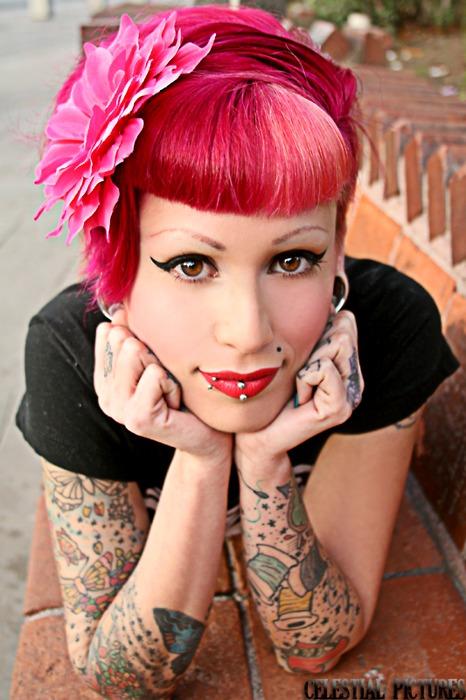 30 Lindas mulheres tatuadas (10)