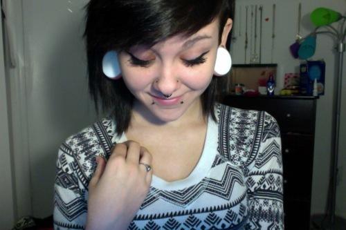 Fotos de pessoas com alargadores de orelha (11)