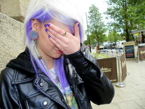 Fotos de pessoas com alargadores de orelha (9)