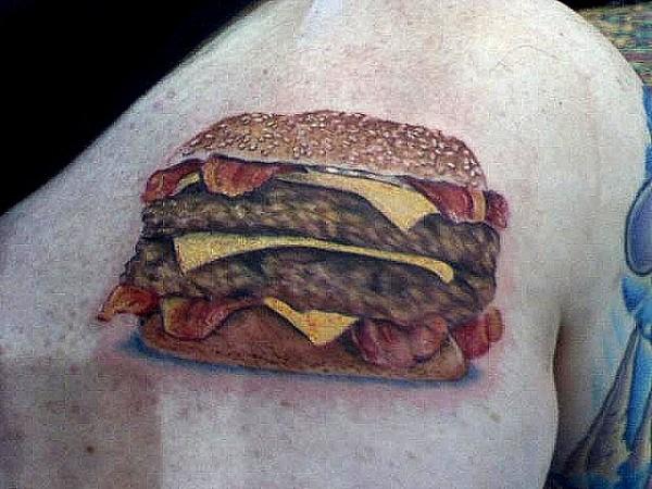 Tatuagens para quem adora comer bacon (10)