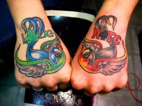 Fotos de tatuagens nas mãos e dedos (6)