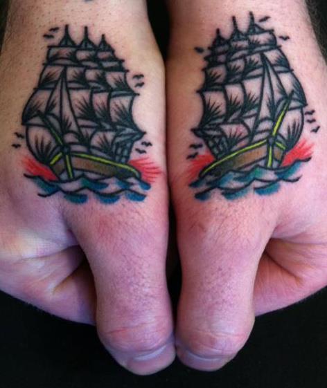 Fotos de tatuagens nas mãos e dedos (5)