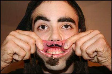 Tatuagens nos lábios (29)