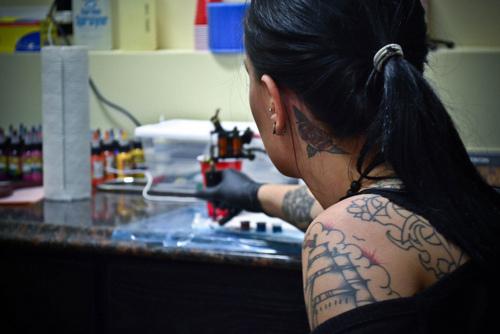 Como é o trabalho de um tatuador (27)