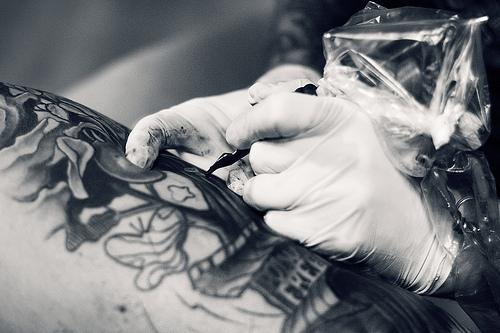 Como é o trabalho de um tatuador (9)