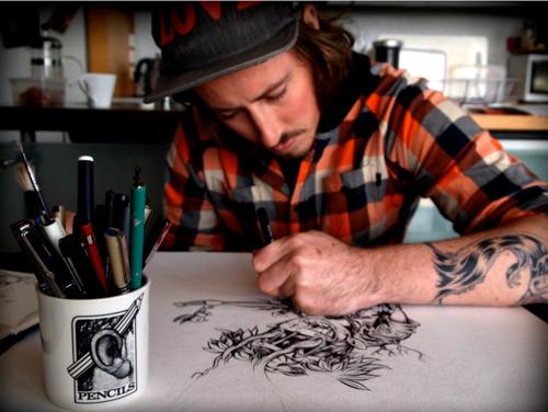 Como é o trabalho de um tatuador (1)
