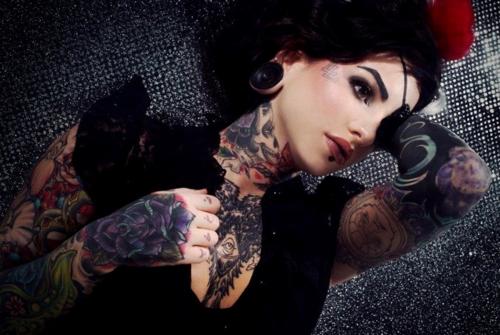 Fotos de lindas mulheres tatuadas (30)