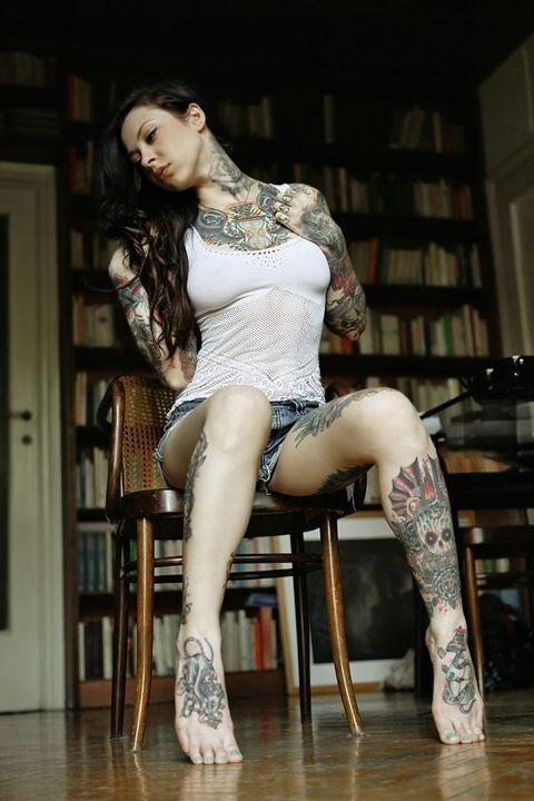 Fotos de lindas mulheres tatuadas (20)