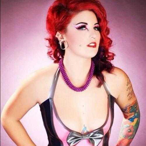 Fotos de mulheres tatuadas (13)