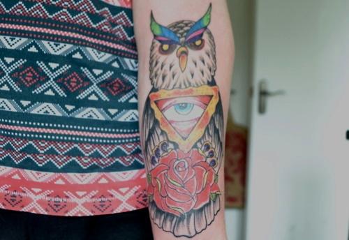 Tatuagens criativas de corujas (31)