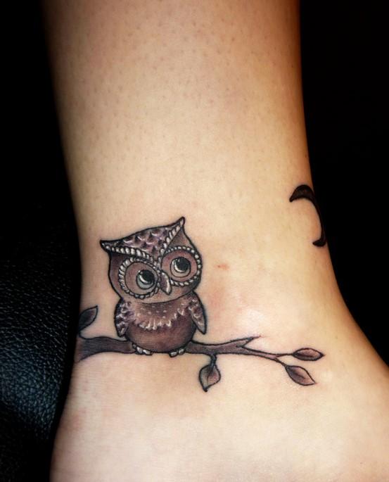 Tatuagens criativas de corujas (136)
