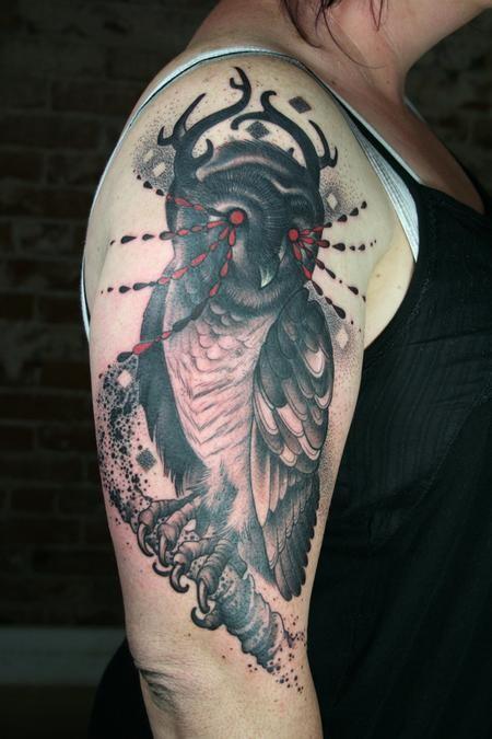 Tatuagens criativas de corujas (135)