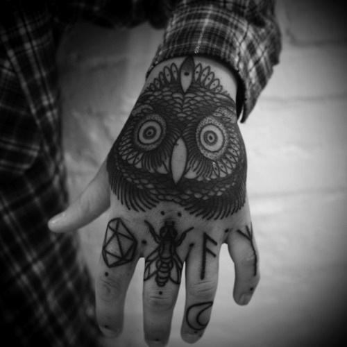Tatuagens criativas de corujas (99)