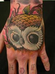 Tatuagens criativas de corujas (92)
