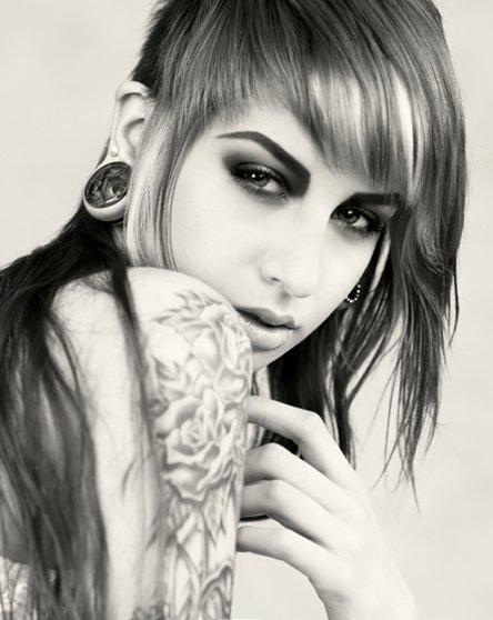 Fotos de mulheres tatuadas (3)
