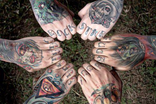 Imagens de tatuagens nas mãos (30)