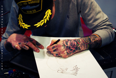Imagens de tatuagens nas mãos (23)