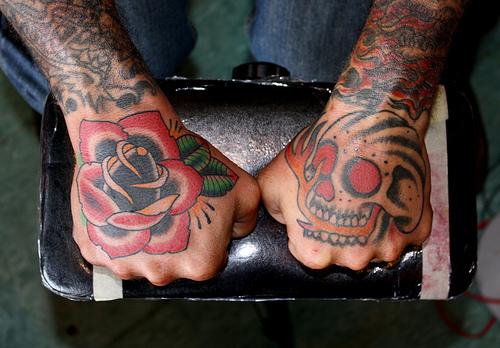Imagens de tatuagens nas mãos (16)
