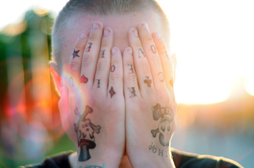 Imagens de tatuagens nas mãos (12)