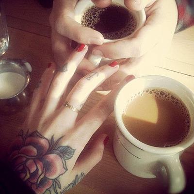 Imagens de tatuagens nas mãos (2)