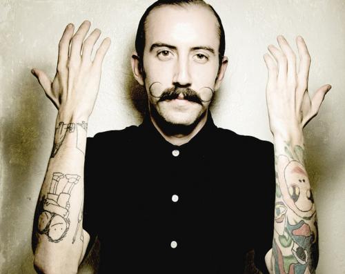 Barbudos tatuados (49)