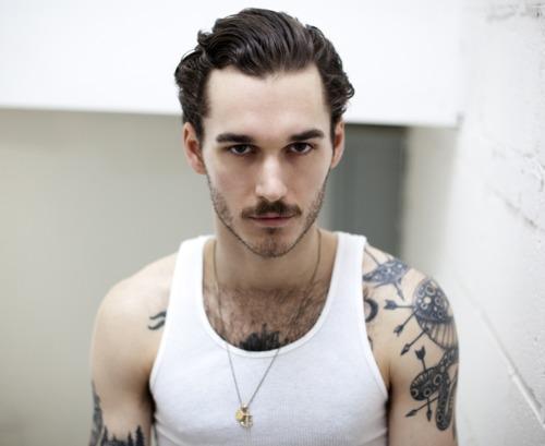 Barbudos tatuados (44)