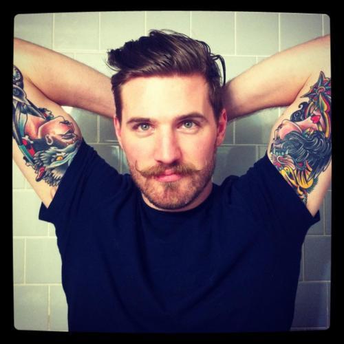 Barbudos tatuados (5)