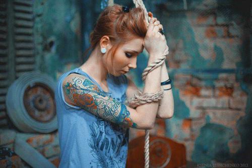 Seleção de fotos de ruivas tatuadas (47)
