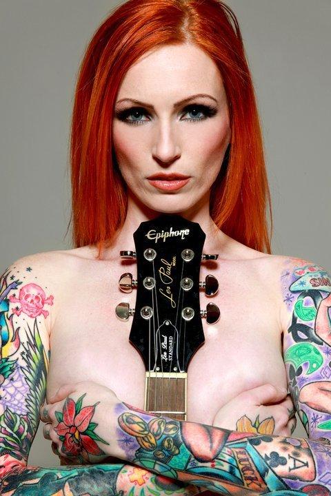 Seleção de fotos de ruivas tatuadas (31)