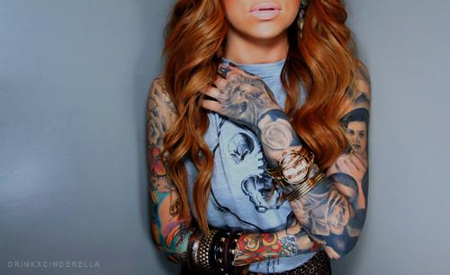 Seleção de fotos de ruivas tatuadas (30)