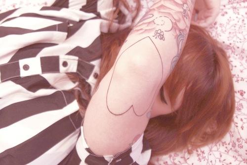 Seleção de fotos de ruivas tatuadas (25)