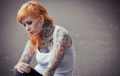 Mais 50 ruivas tatuadas (36)