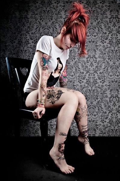 Mais 50 ruivas tatuadas (15)