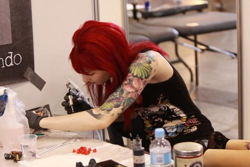 Mais 50 ruivas tatuadas (11)