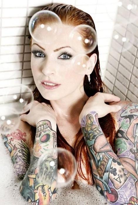 Mais 50 ruivas tatuadas (7)