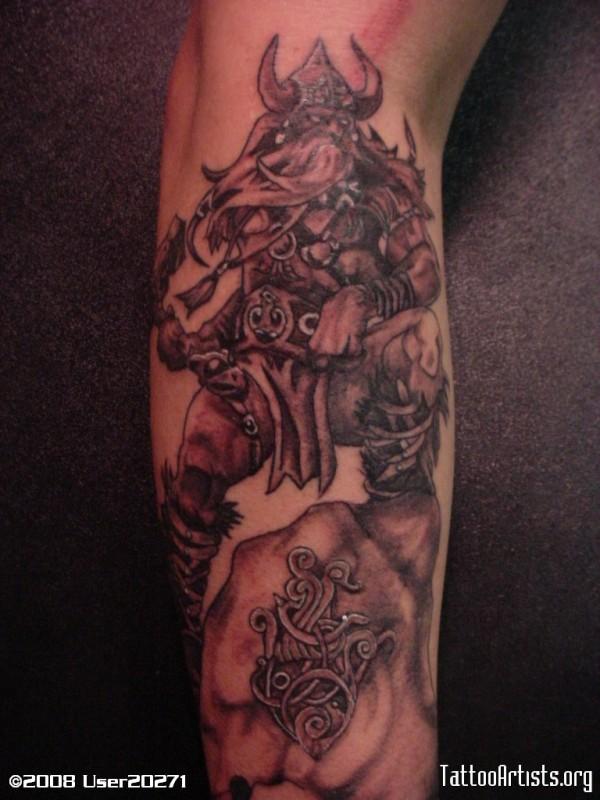 Tatuagens de Thor (2)
