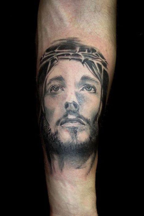 Tatuagens de Jesus Cristo (39)