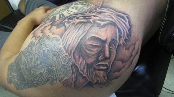 Tatuagens de Jesus Cristo (7)