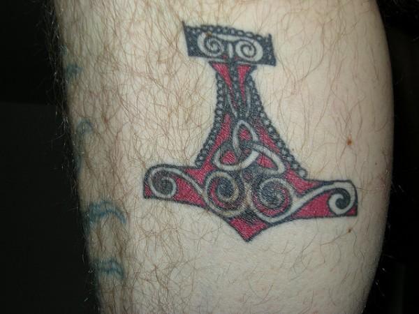 Tatuagens do martelo do Thor (7)