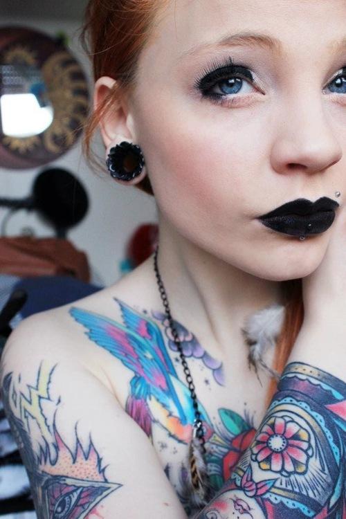 Fotos de mulheres tatuadas (15)